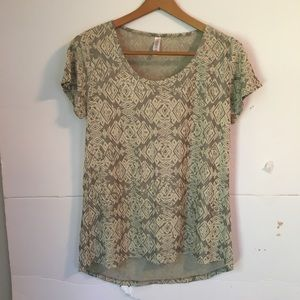 LuLaRoe simply comfortable neutral top Aztec